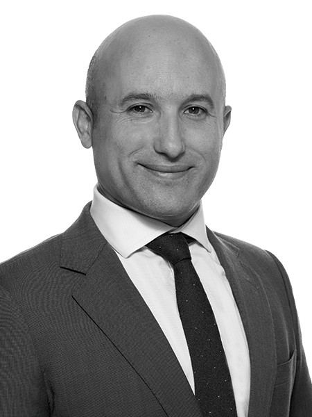 Jolyon Thomson,Head of Industrial – Sales & Leasing